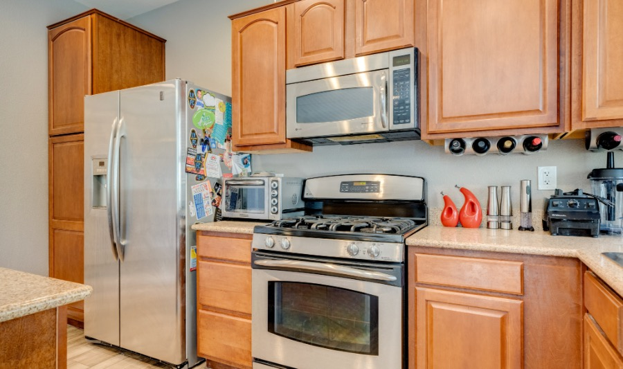 10482 Mulvaney  | Kitchen